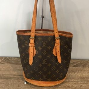 Authentic Louis Vuitton bucket PM monogram